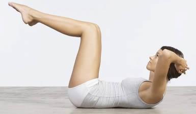 esercizi addominali donna