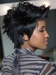 taglio capelli spettinati corto