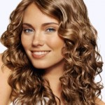 capelli ricci donna medi