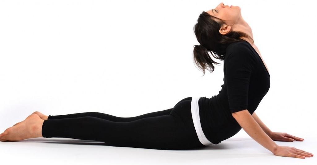 Yoga contro la cervicale - Posizione del cobra